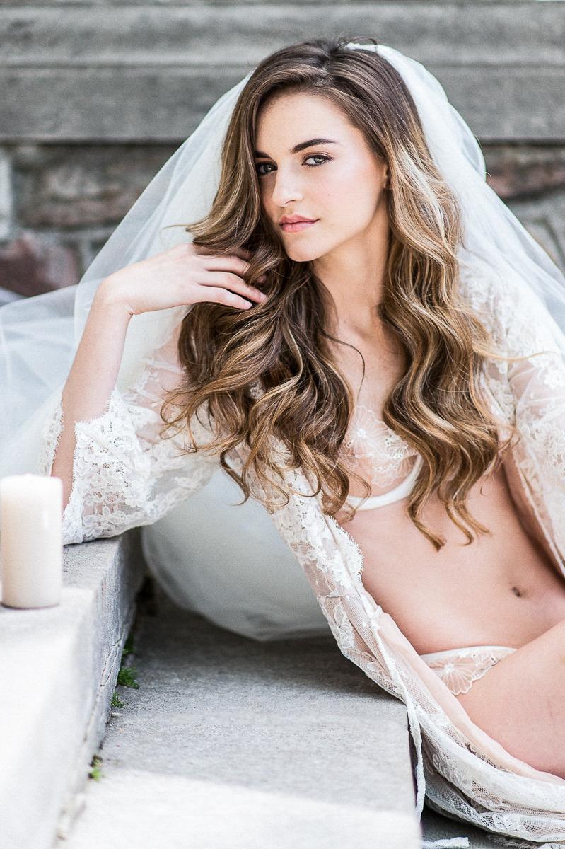 whitney-heard-photography-vineyard-bride-swish-list-graydon-hall-manor-toronto-wedding-editorial-12.jpg