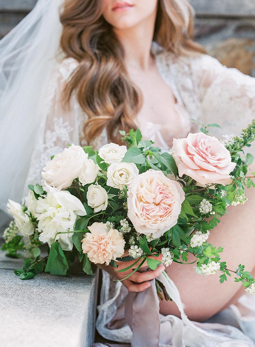 whitney-heard-photography-vineyard-bride-swish-list-graydon-hall-manor-toronto-wedding-editorial-14.jpg