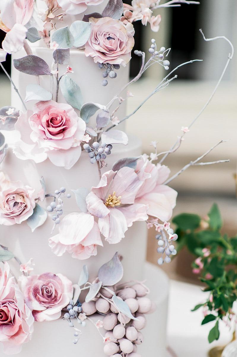 whitney-heard-photography-vineyard-bride-swish-list-graydon-hall-manor-toronto-wedding-editorial-27.jpg