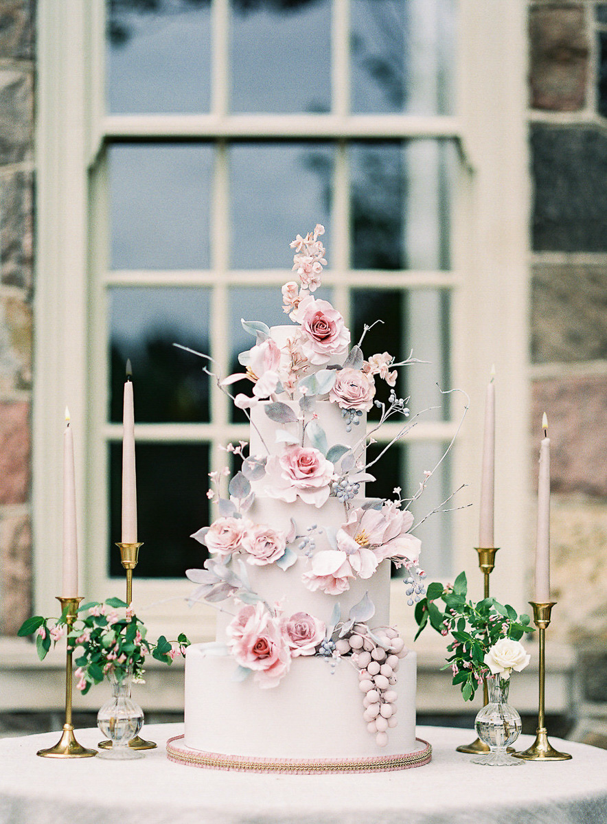 whitney-heard-photography-vineyard-bride-swish-list-graydon-hall-manor-toronto-wedding-editorial-28.jpg