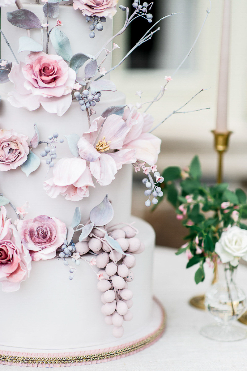 whitney-heard-photography-vineyard-bride-swish-list-graydon-hall-manor-toronto-wedding-editorial-29.jpg