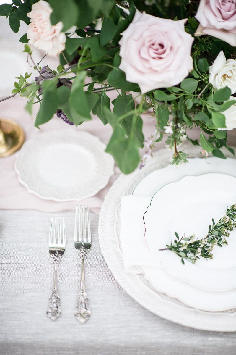 whitney-heard-photography-vineyard-bride-swish-list-graydon-hall-manor-toronto-wedding-editorial-31.jpg