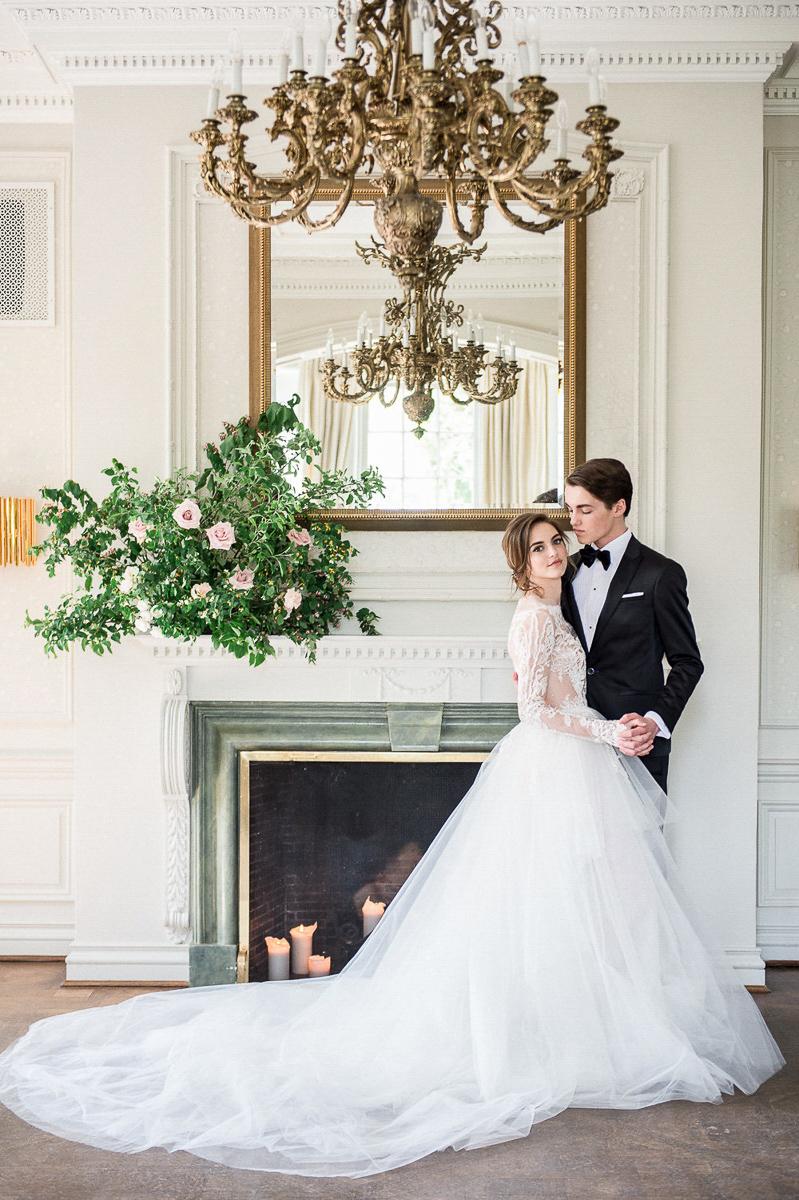 whitney-heard-photography-vineyard-bride-swish-list-graydon-hall-manor-toronto-wedding-editorial-35.jpg