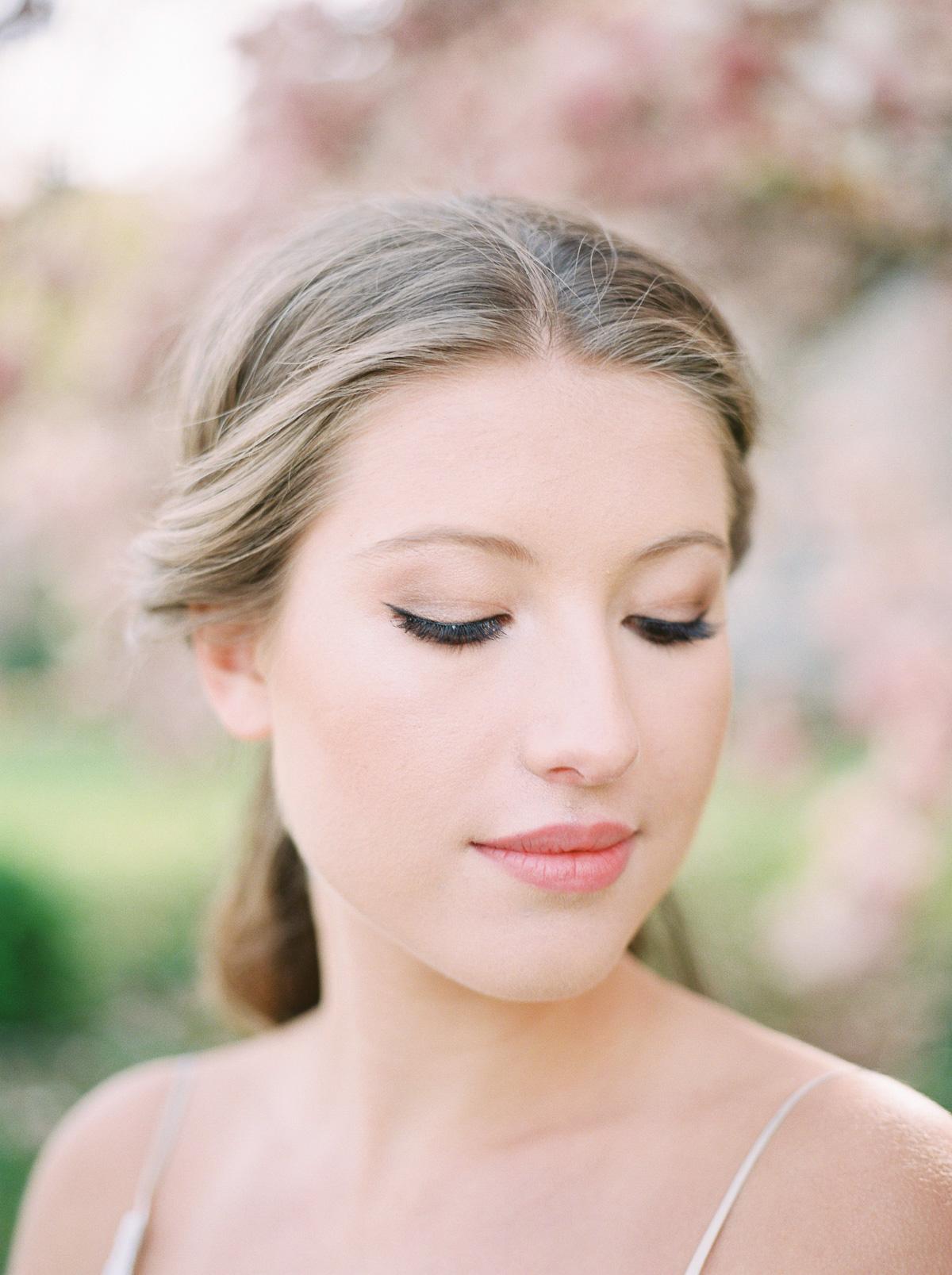 julia-park-photography-vineyard-bride-swish-list-niagara-on-the-lake-wedding-editorial-10.jpg