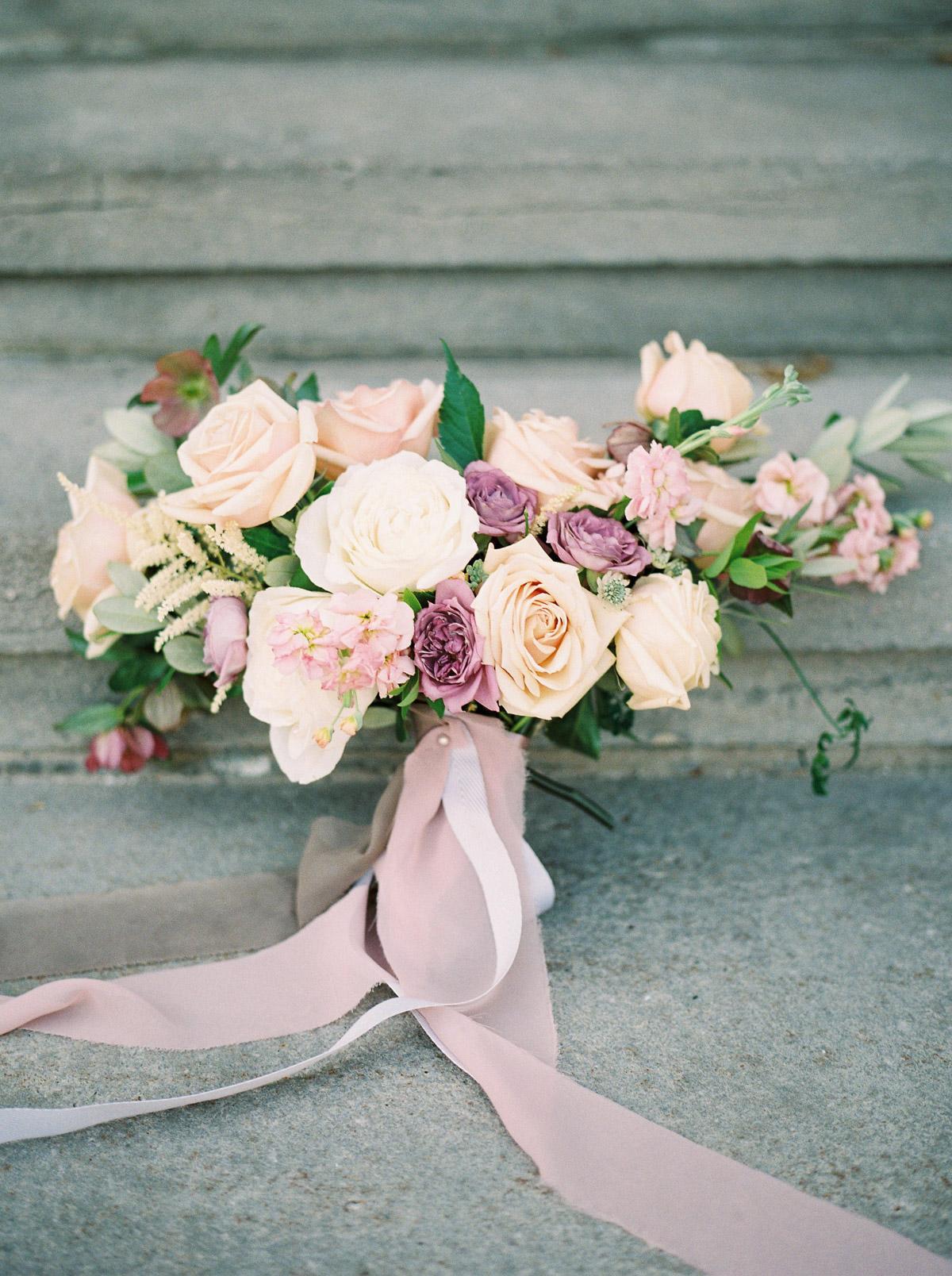 julia-park-photography-vineyard-bride-swish-list-niagara-on-the-lake-wedding-editorial-12.jpg