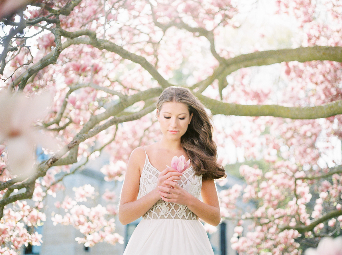 julia-park-photography-vineyard-bride-swish-list-niagara-on-the-lake-wedding-editorial-16.jpg