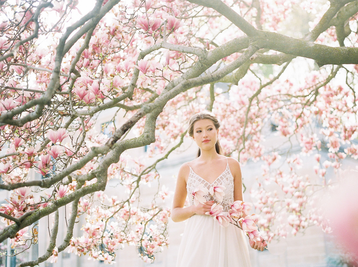 julia-park-photography-vineyard-bride-swish-list-niagara-on-the-lake-wedding-editorial-18.jpg