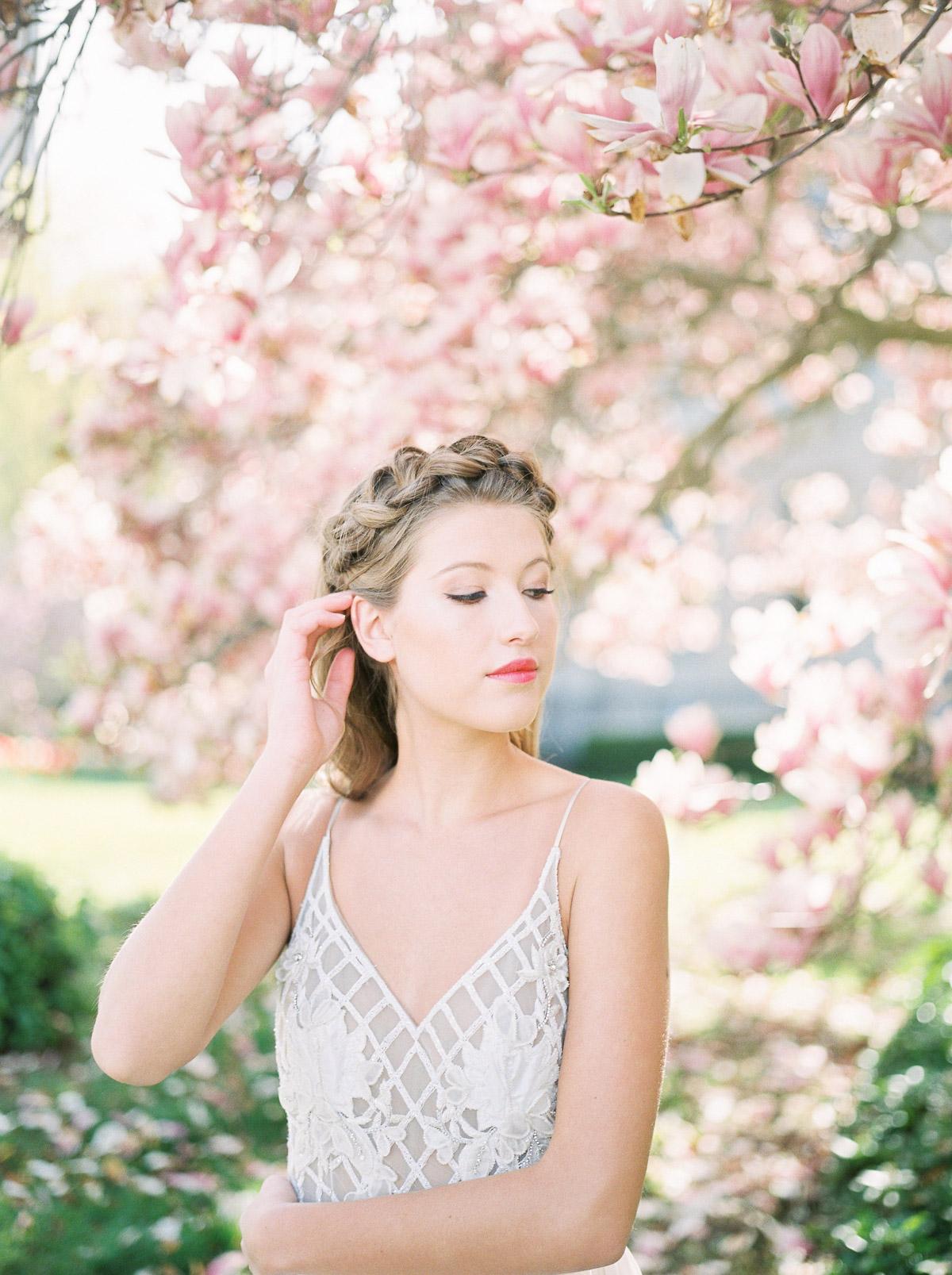 julia-park-photography-vineyard-bride-swish-list-niagara-on-the-lake-wedding-editorial-21.jpg