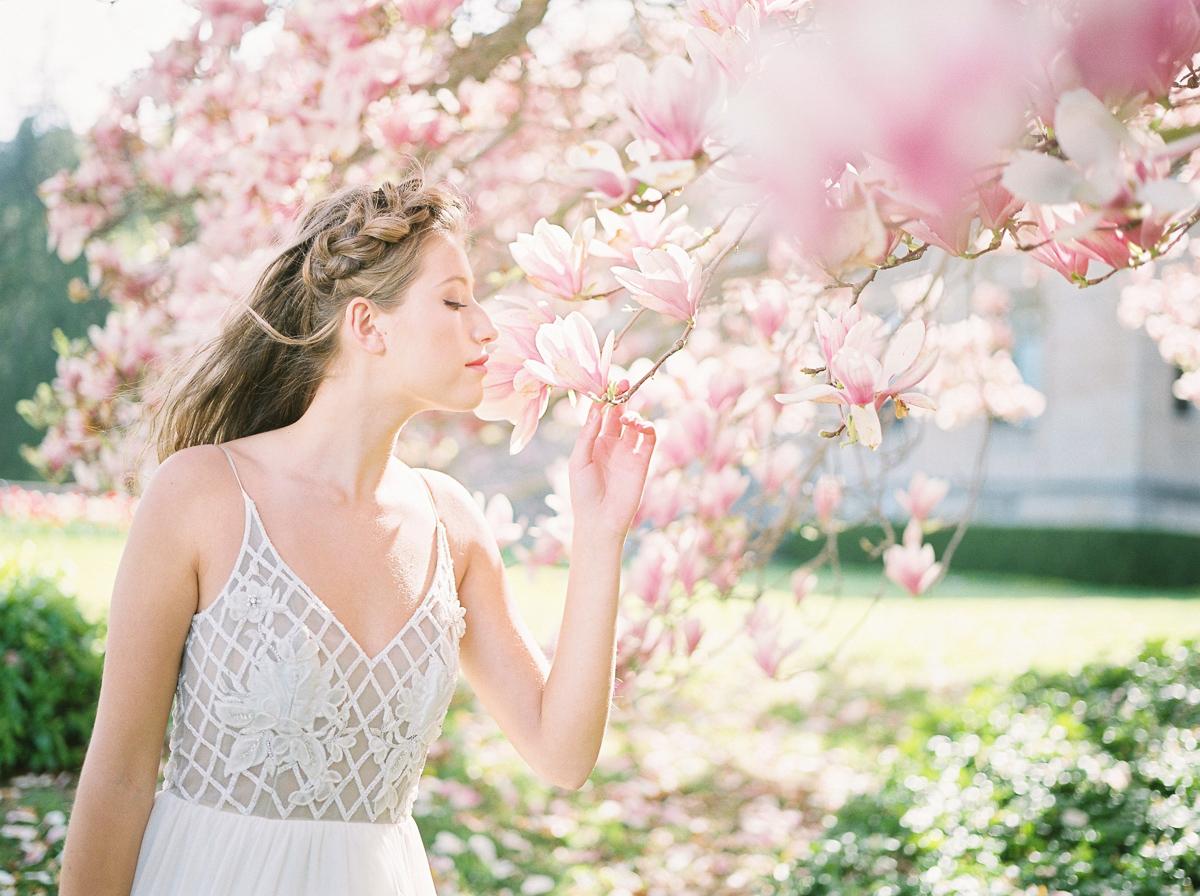 julia-park-photography-vineyard-bride-swish-list-niagara-on-the-lake-wedding-editorial-23.jpg