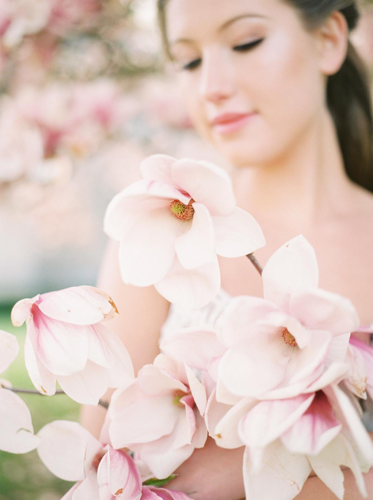 julia-park-photography-vineyard-bride-swish-list-niagara-on-the-lake-wedding-editorial-25.jpg