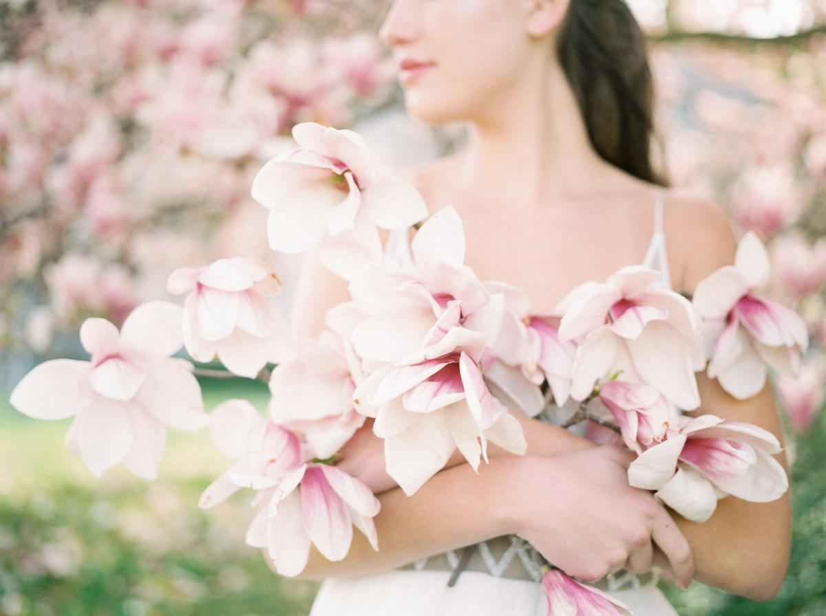 julia-park-photography-vineyard-bride-swish-list-niagara-on-the-lake-wedding-editorial-26.jpg