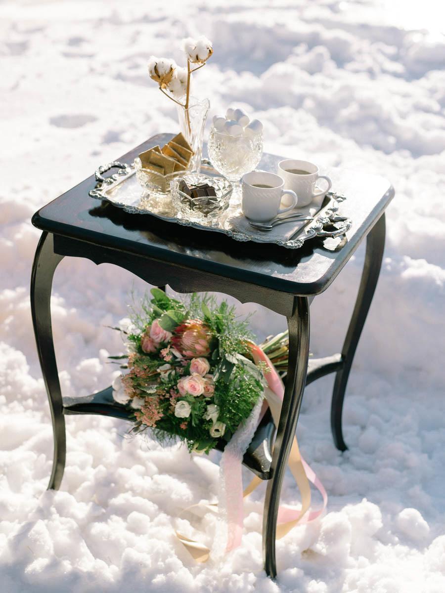 destiny-dawn-photography-vineyard-bride-swish-list-private-residence-niagara-editorial-9.jpg
