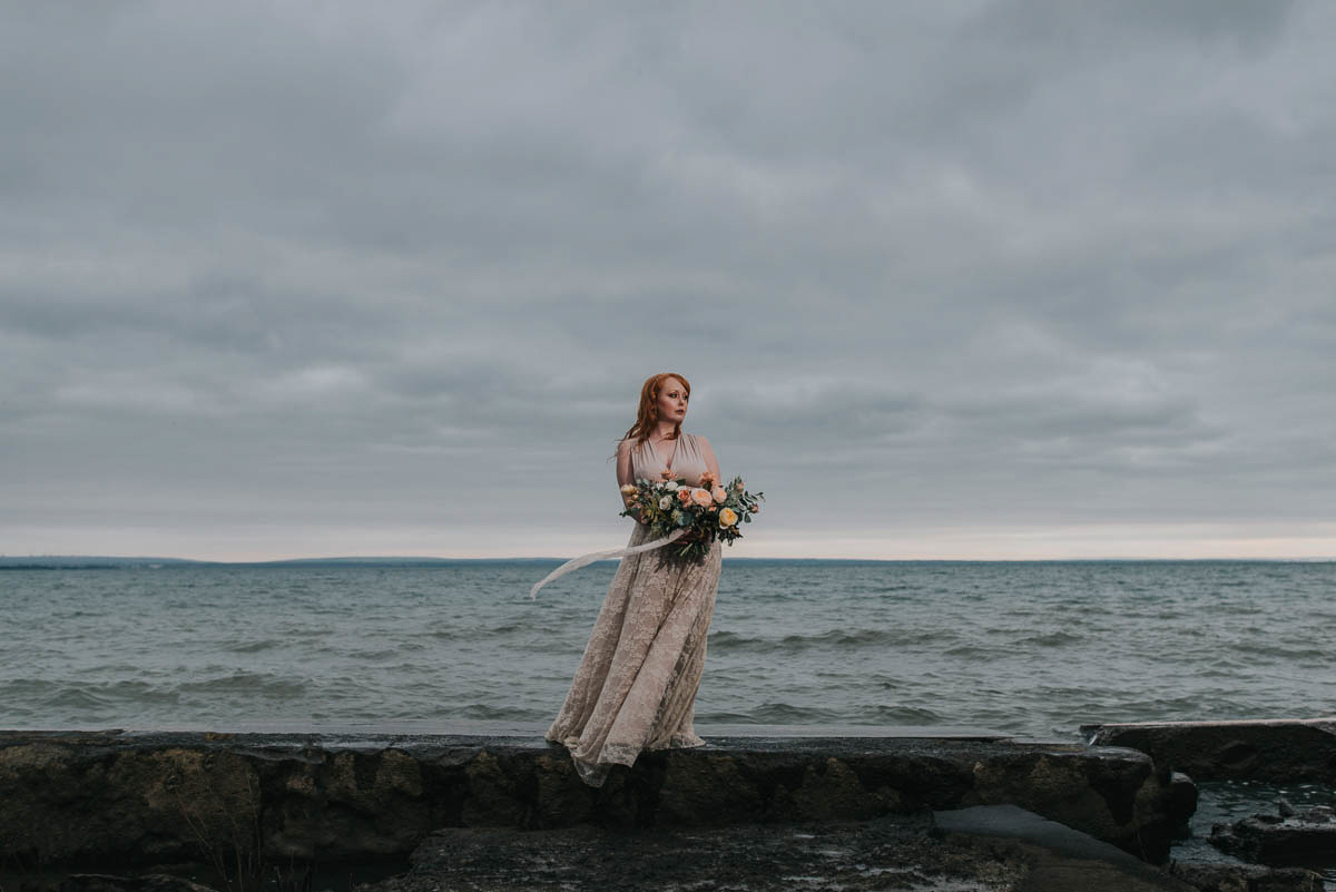 darling-mine-photography-vineyard-bride-swish-list-waverly-beach-fort-erie-editorial-25.jpg