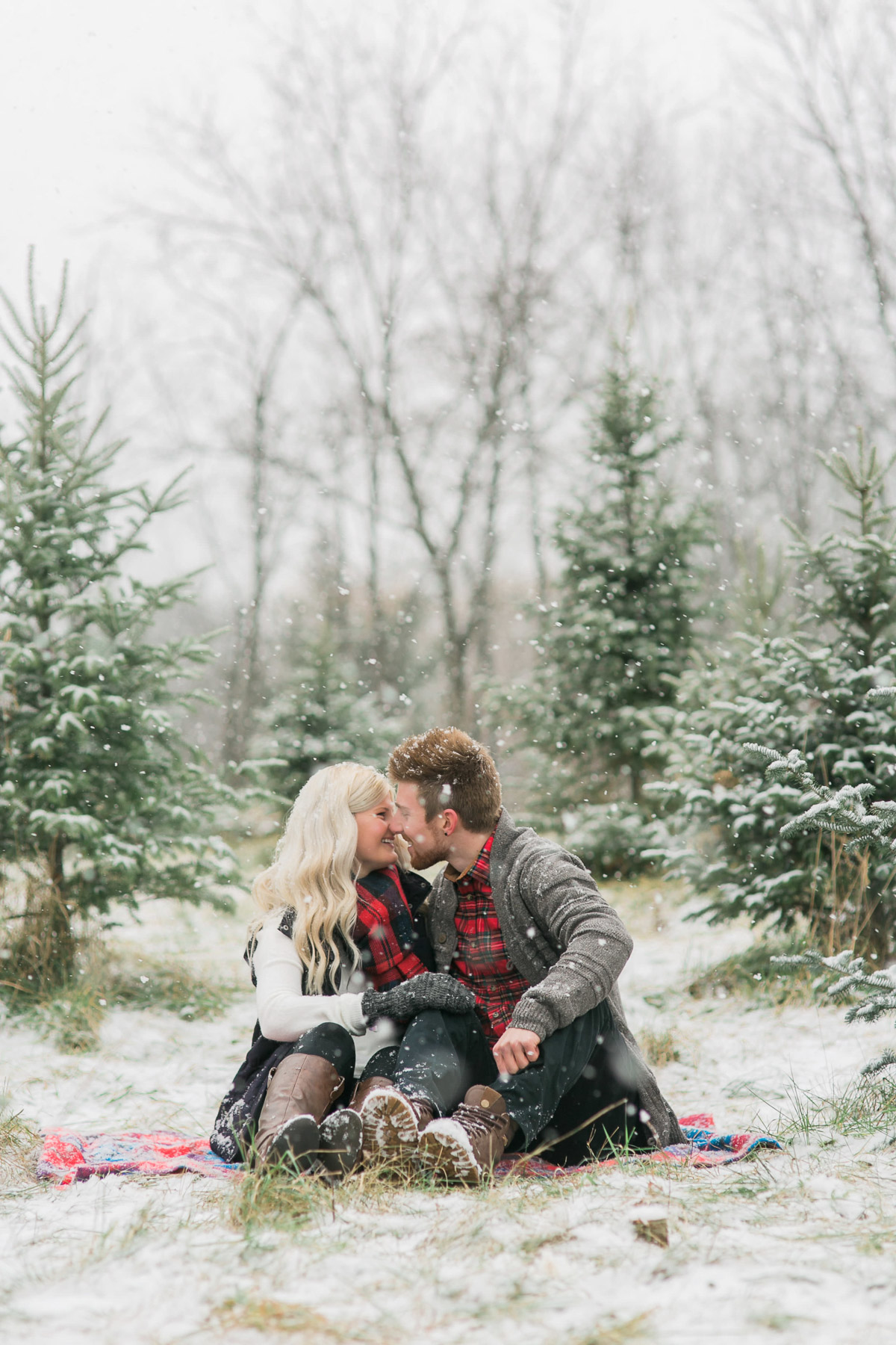 daniel-ricci-photography-vineyard-bride-swish-list-smiths-trees-ridgeville-engagement-4.jpg