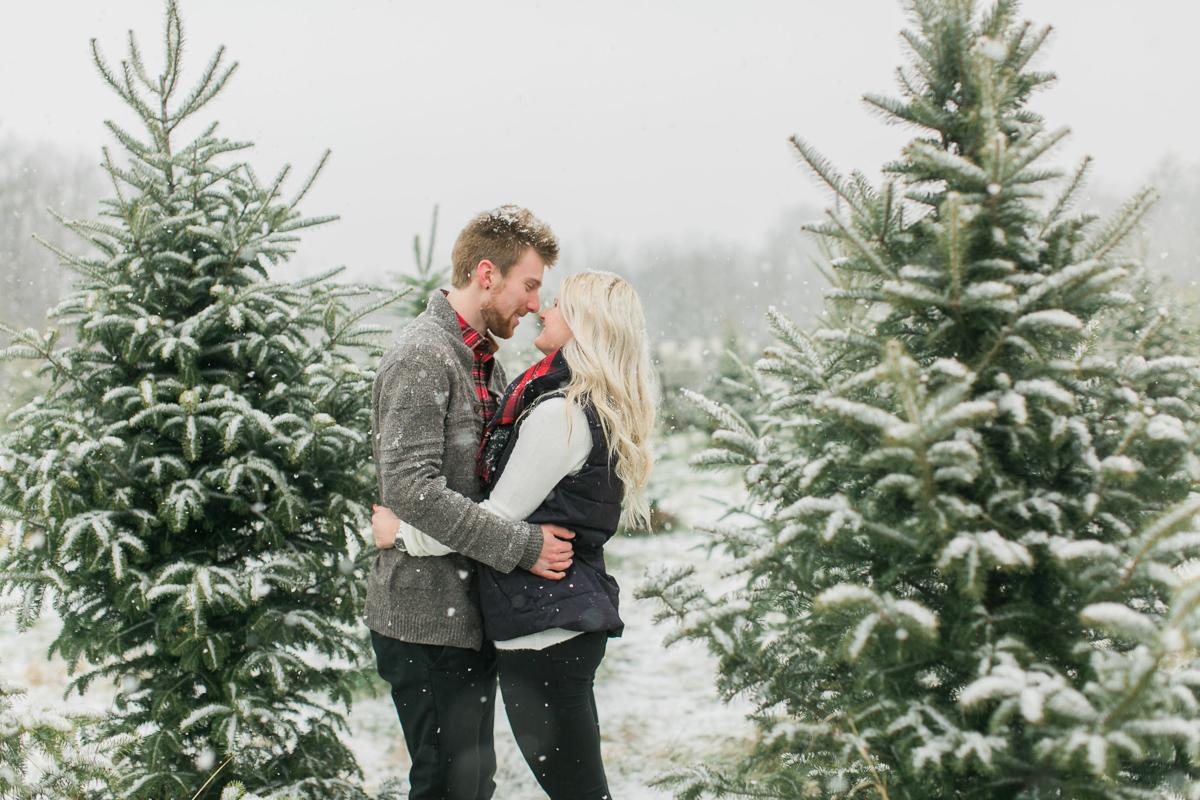daniel-ricci-photography-vineyard-bride-swish-list-smiths-trees-ridgeville-engagement-19.jpg