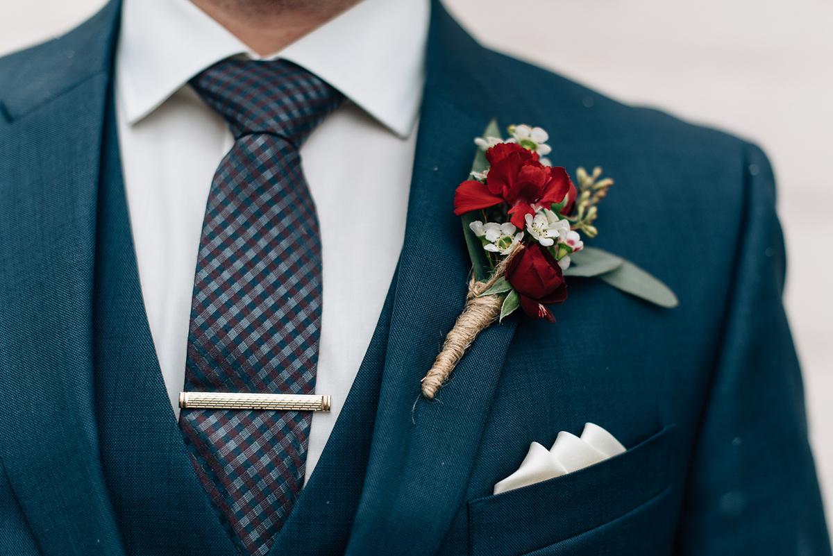 sara-wilde-photography-vineyard-bride-swish-list-inn-on-the-twenty-jordan-wedding-21.jpg