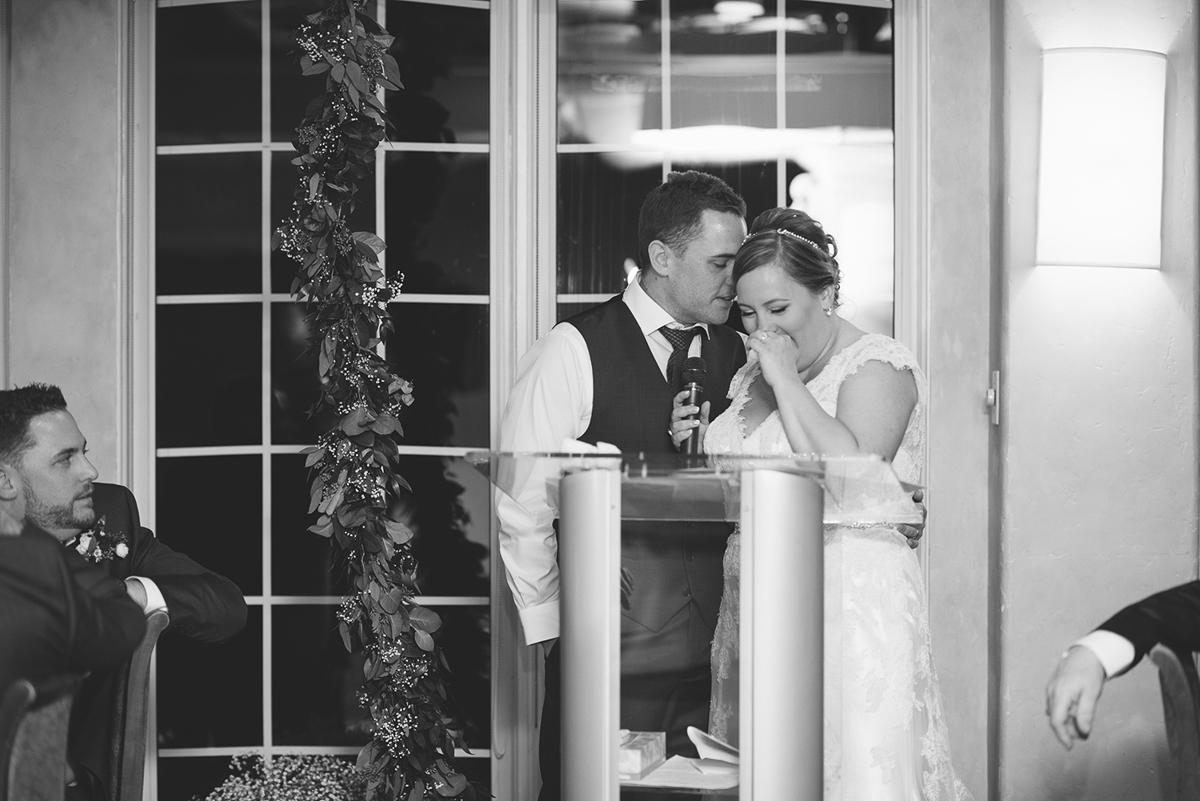 sara-wilde-photography-vineyard-bride-swish-list-inn-on-the-twenty-jordan-wedding-31.jpg