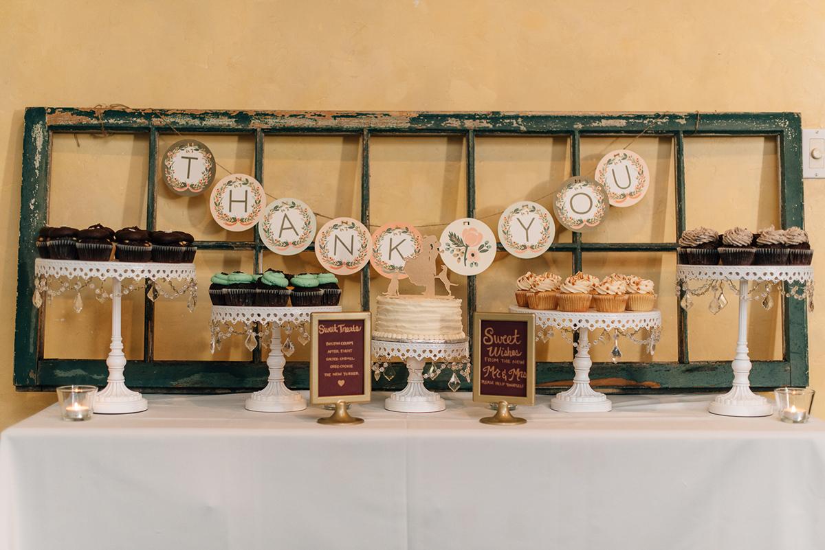 sara-wilde-photography-vineyard-bride-swish-list-inn-on-the-twenty-jordan-wedding-33.jpg