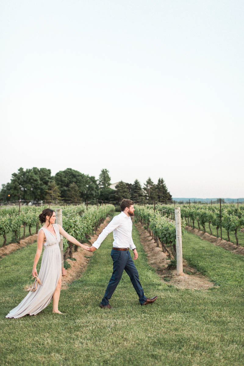 madison-rose-photography-vineyard-bride-swish-list-legends-estates-winery-beamsville-anniversary-36.jpg