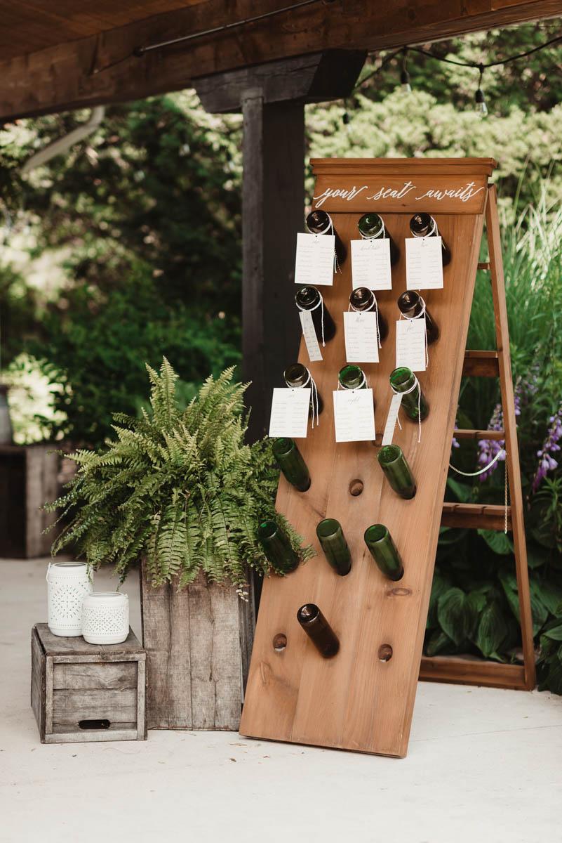 vineyard-bride-honsberger-estate-winery-niagara-wedding-kat-rizza-photography-vineyard-barn-018.jpg