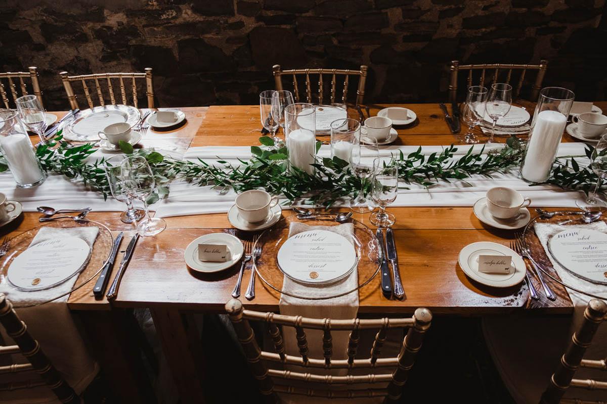 vineyard-bride-honsberger-estate-winery-niagara-wedding-kat-rizza-photography-vineyard-barn-029.jpg
