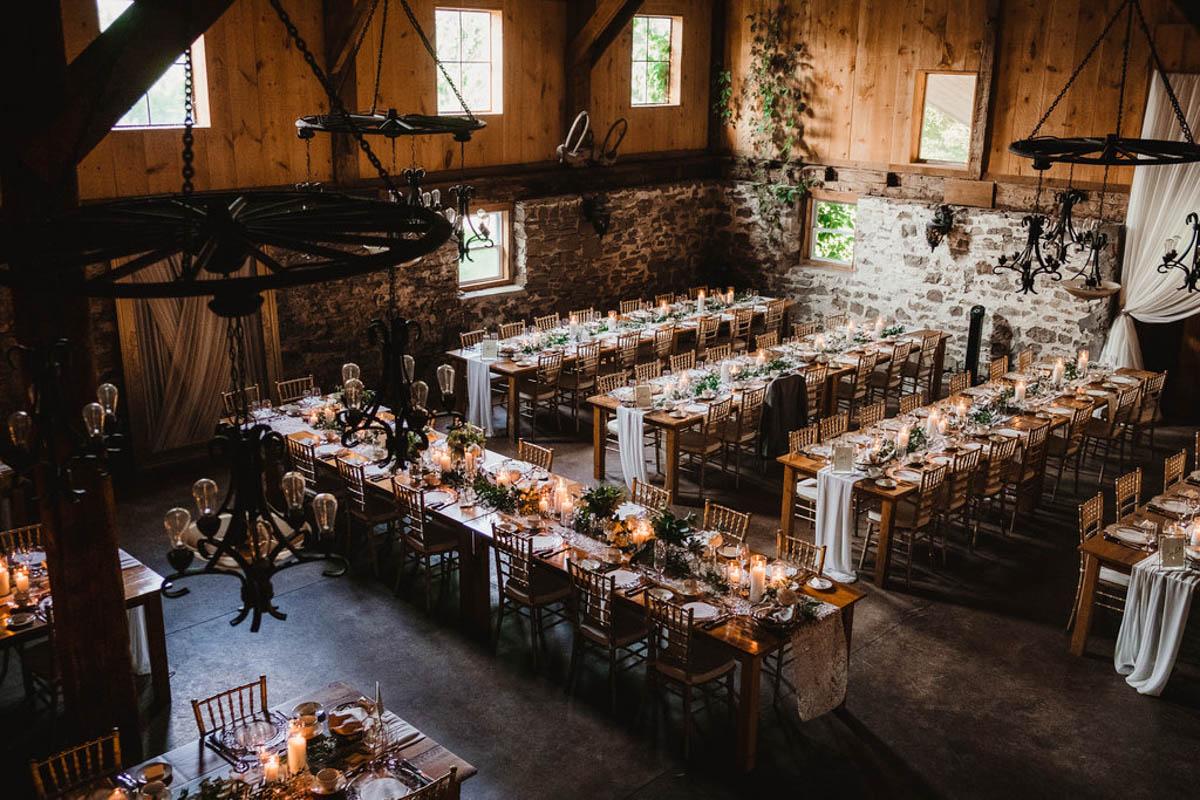 vineyard-bride-honsberger-estate-winery-niagara-wedding-kat-rizza-photography-vineyard-barn-030.jpg