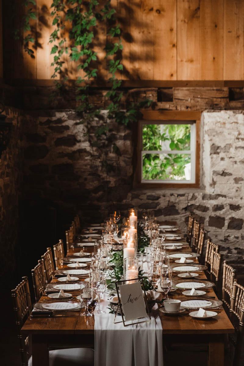 vineyard-bride-honsberger-estate-winery-niagara-wedding-kat-rizza-photography-vineyard-barn-031.jpg