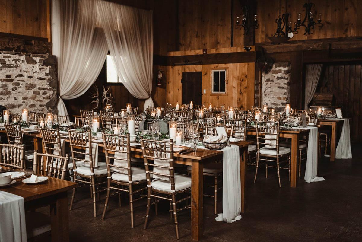 vineyard-bride-honsberger-estate-winery-niagara-wedding-kat-rizza-photography-vineyard-barn-032.jpg