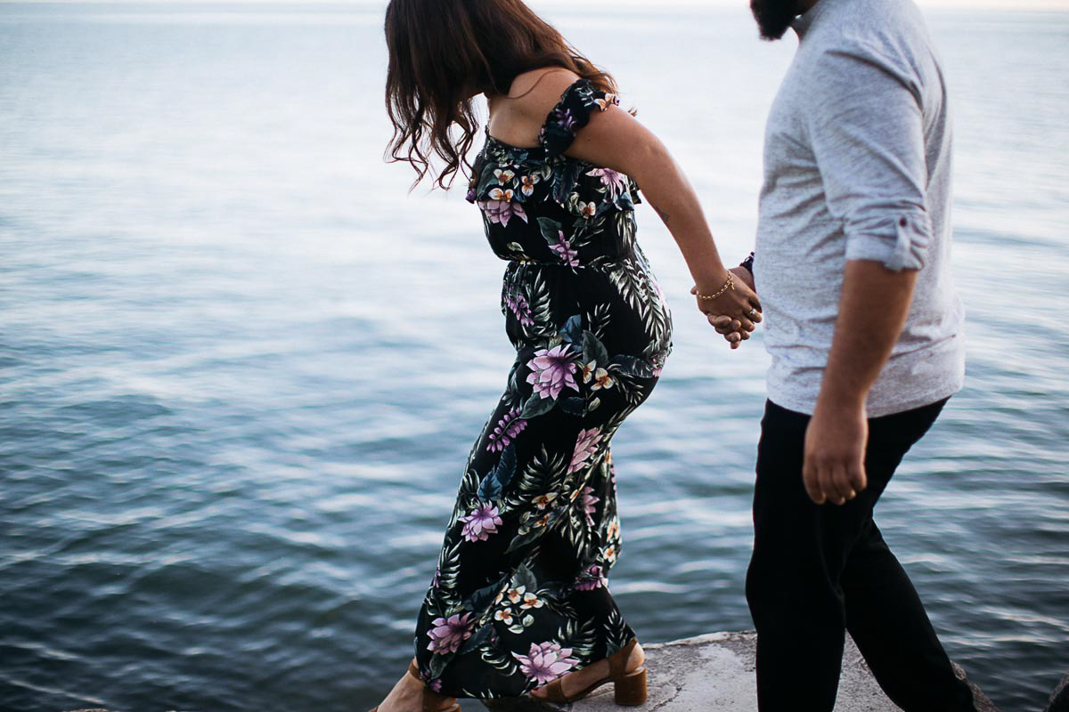 laura-may-photography-vineyard-bride-swish-list-niagara-on-the-lake-engagement-2.jpg
