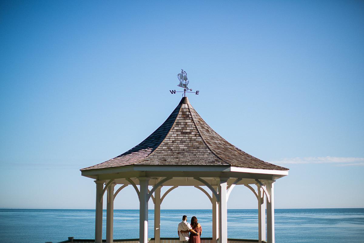 laura-may-photography-vineyard-bride-swish-list-niagara-on-the-lake-engagement-8.jpg