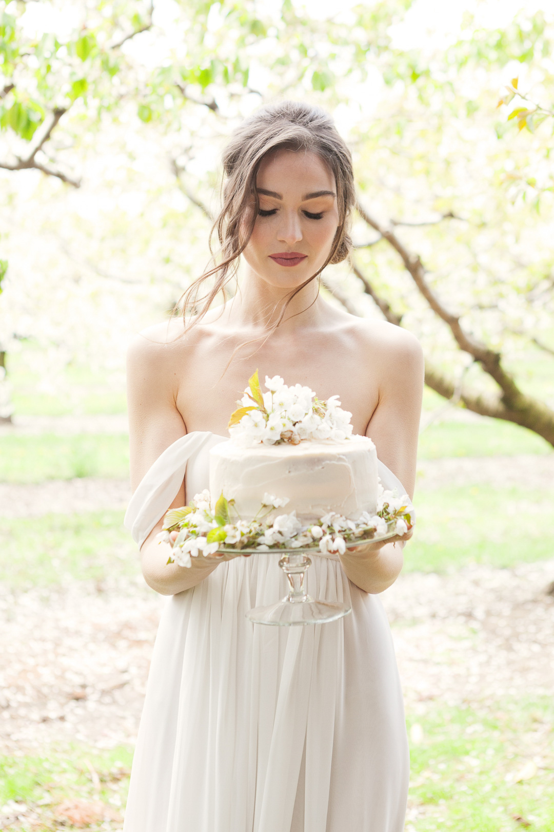 jennifer-xu-photography-vineyard-bride-swish-list-cherry-avenue-farms-vineland-editorial-26.jpg