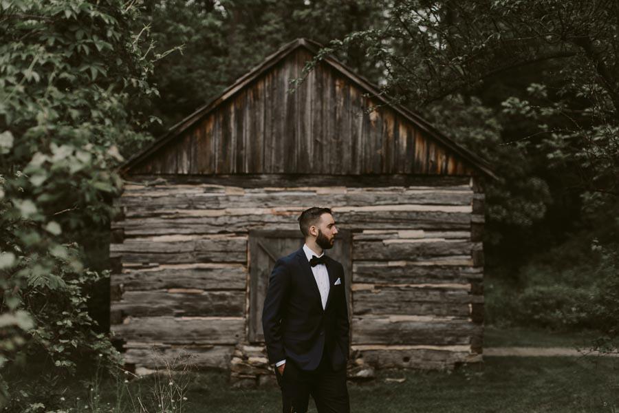 brandon-scott-photography-vineyard-bride-swish-list-balls-falls-vineland-engagement-24.jpg
