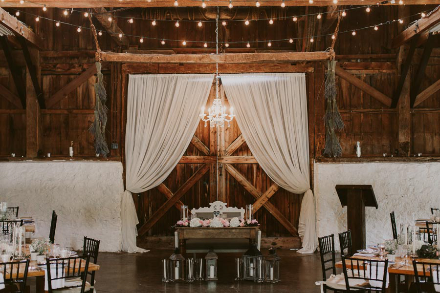 brandon-scott-photography-vineyard-bride-swish-list-balls-falls-vineland-engagement-27.jpg