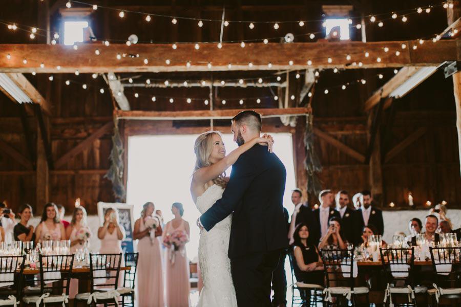 brandon-scott-photography-vineyard-bride-swish-list-balls-falls-vineland-engagement-66.jpg