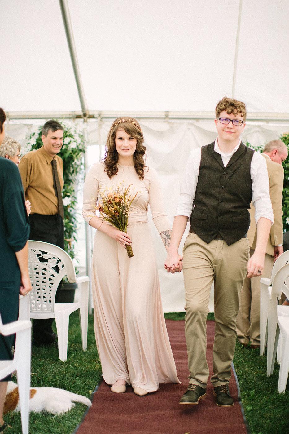 corynn-fowler-photography-vineyard-bride-swish-list-featherstone-winery-vineland-wedding-7.jpg