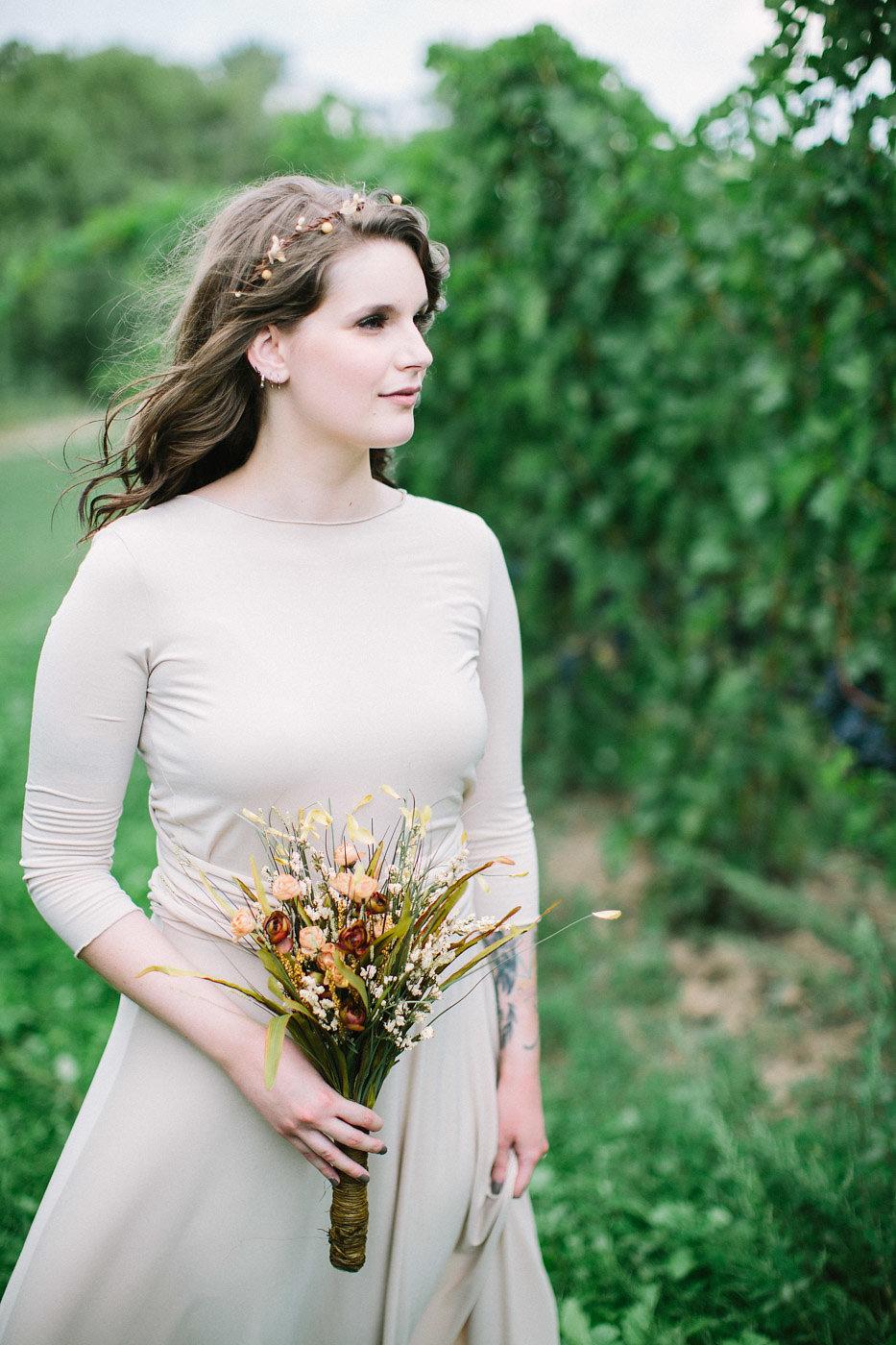 corynn-fowler-photography-vineyard-bride-swish-list-featherstone-winery-vineland-wedding-19.jpg