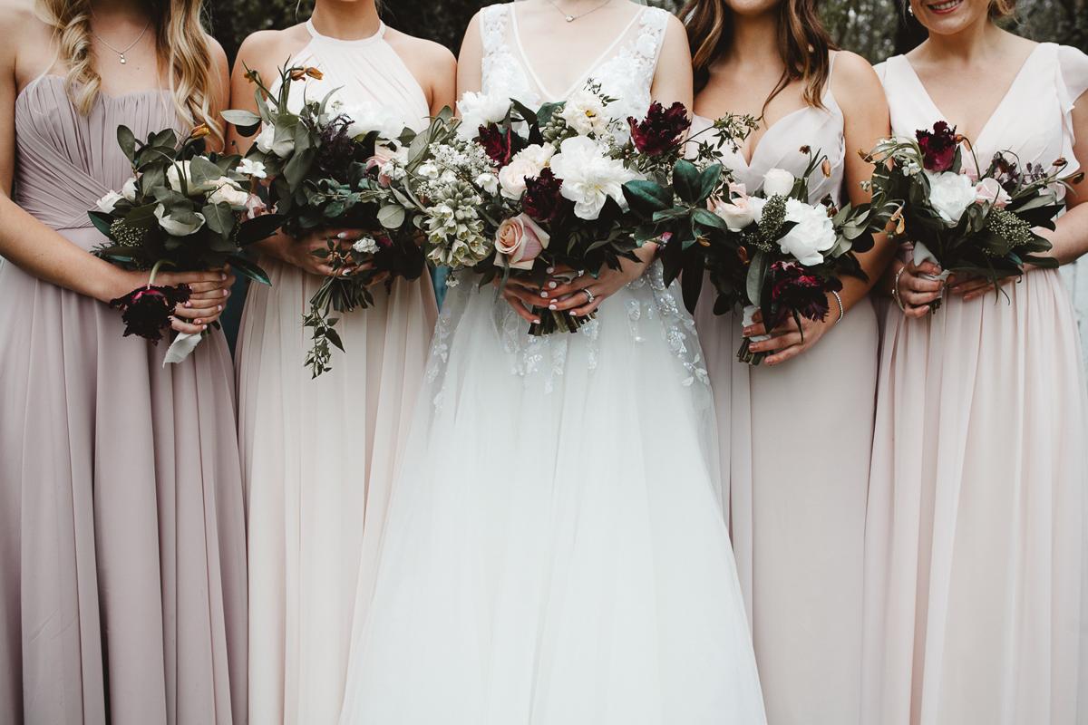 reed-photography-vineyard-bride-swish-list-queens-landing-niagara-on-the-lake-wedding-20.jpg