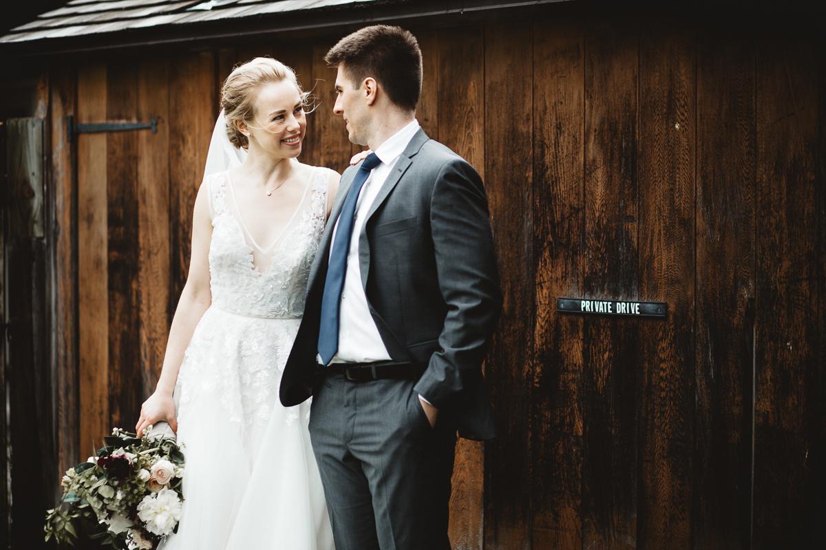 reed-photography-vineyard-bride-swish-list-queens-landing-niagara-on-the-lake-wedding-25.jpg