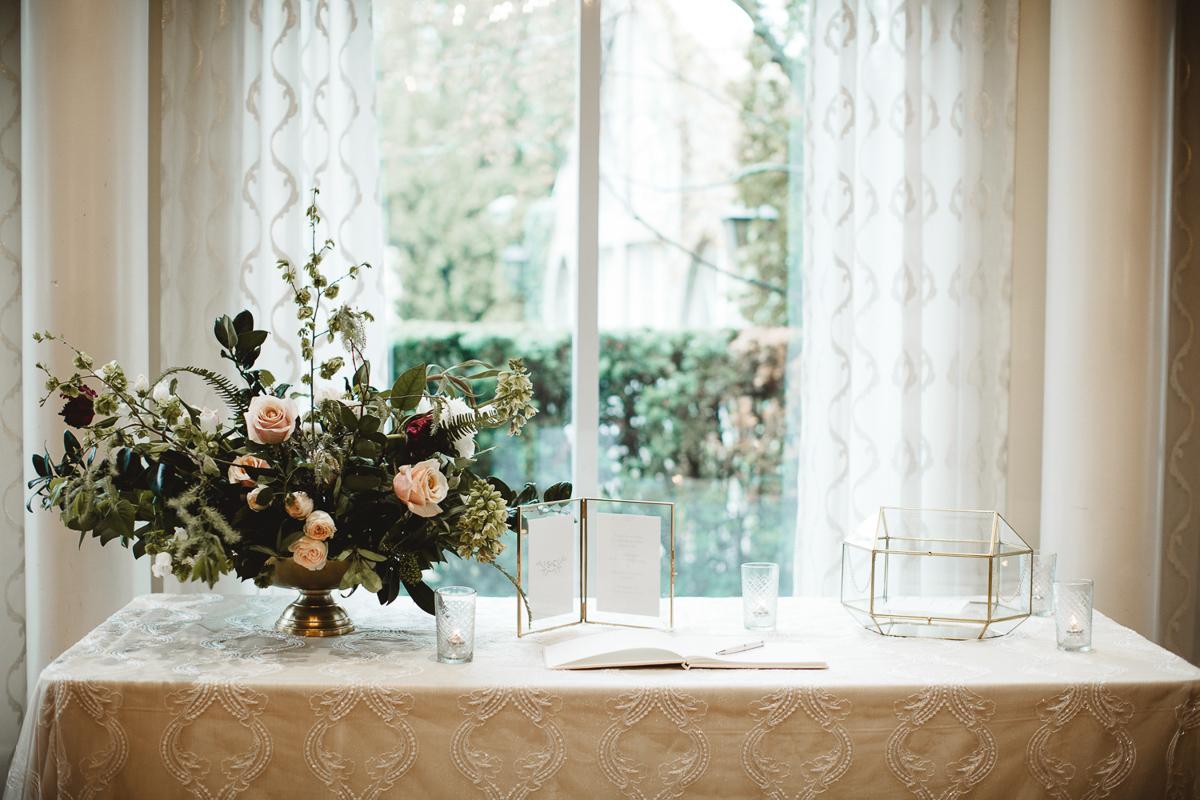 reed-photography-vineyard-bride-swish-list-queens-landing-niagara-on-the-lake-wedding-28.jpg