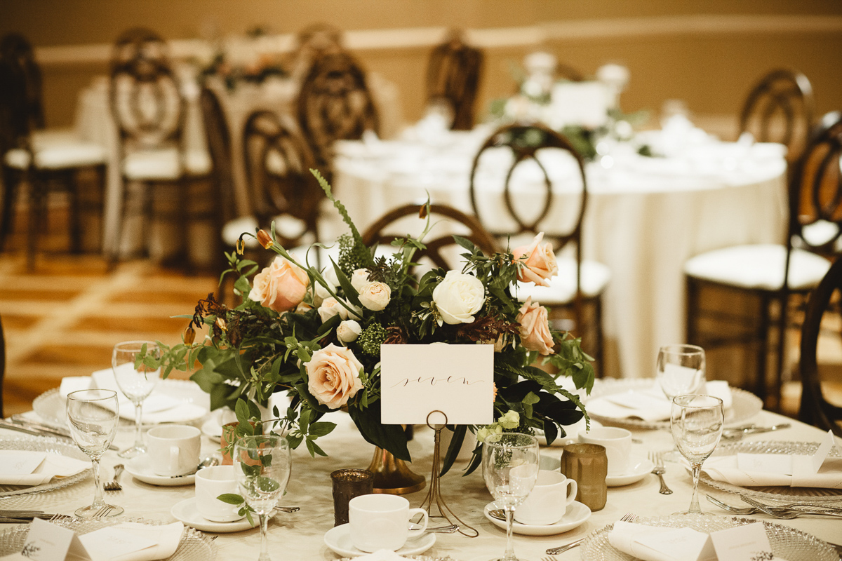 reed-photography-vineyard-bride-swish-list-queens-landing-niagara-on-the-lake-wedding-31.jpg