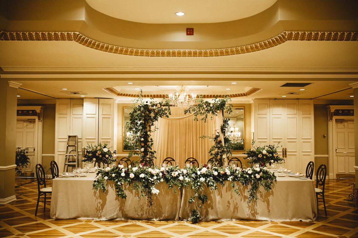 reed-photography-vineyard-bride-swish-list-queens-landing-niagara-on-the-lake-wedding-34.jpg
