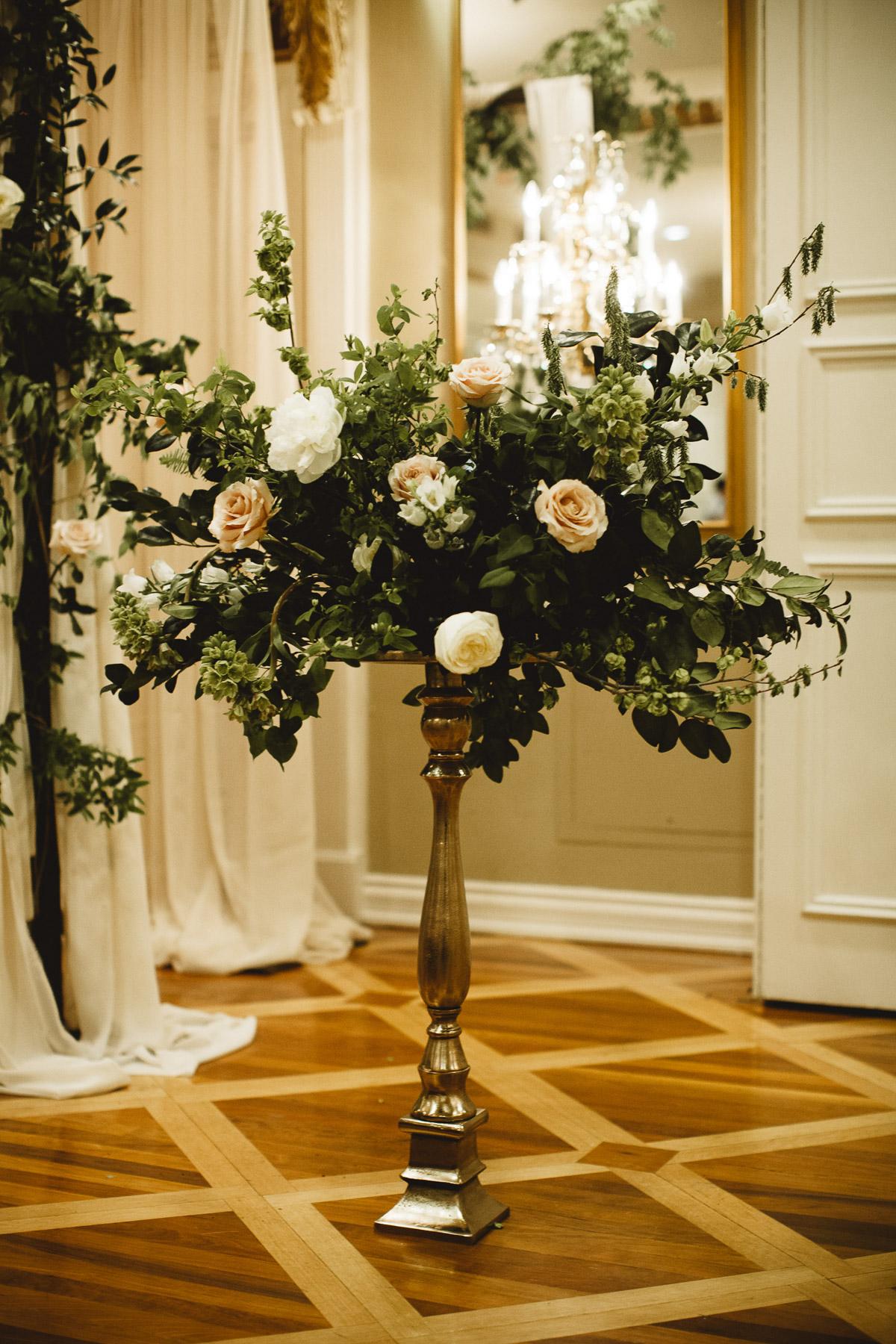reed-photography-vineyard-bride-swish-list-queens-landing-niagara-on-the-lake-wedding-35.jpg