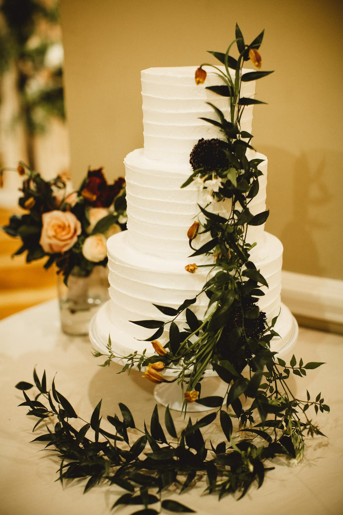 reed-photography-vineyard-bride-swish-list-queens-landing-niagara-on-the-lake-wedding-37.jpg