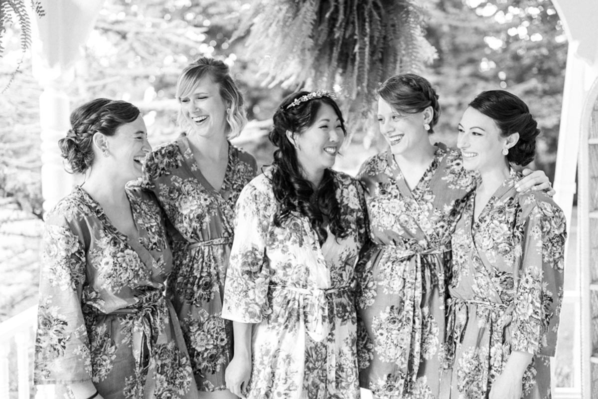 brittany-williams-photography-vineyard-bride-swish-list-the-grand-victorian-niagara-on-the-lake-wedding-9.jpg