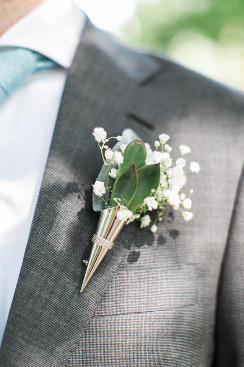 brittany-williams-photography-vineyard-bride-swish-list-the-grand-victorian-niagara-on-the-lake-wedding-12.jpg