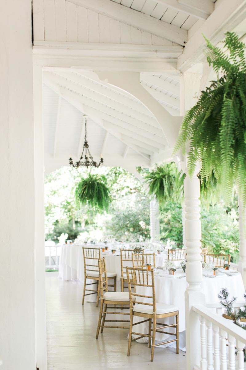 brittany-williams-photography-vineyard-bride-swish-list-the-grand-victorian-niagara-on-the-lake-wedding-17.jpg
