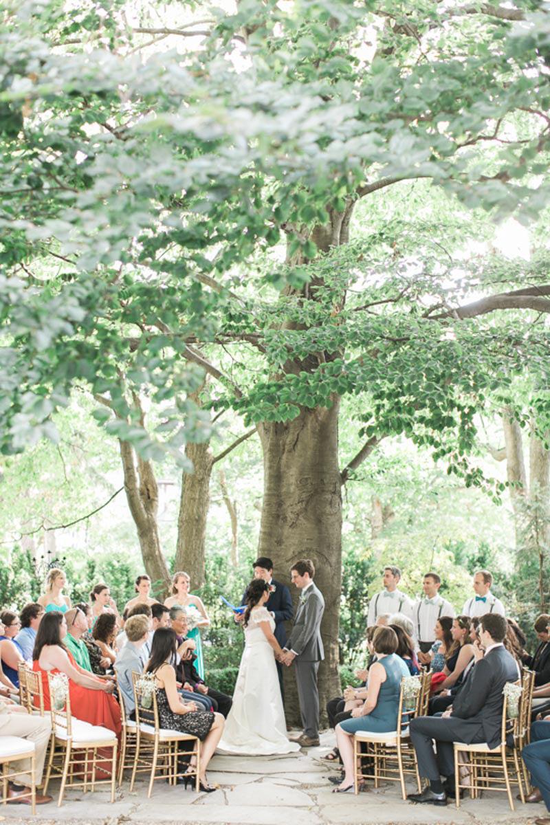 brittany-williams-photography-vineyard-bride-swish-list-the-grand-victorian-niagara-on-the-lake-wedding-22.jpg