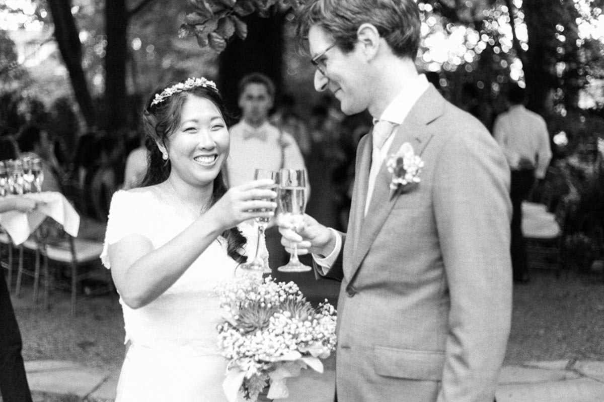 brittany-williams-photography-vineyard-bride-swish-list-the-grand-victorian-niagara-on-the-lake-wedding-24.jpg