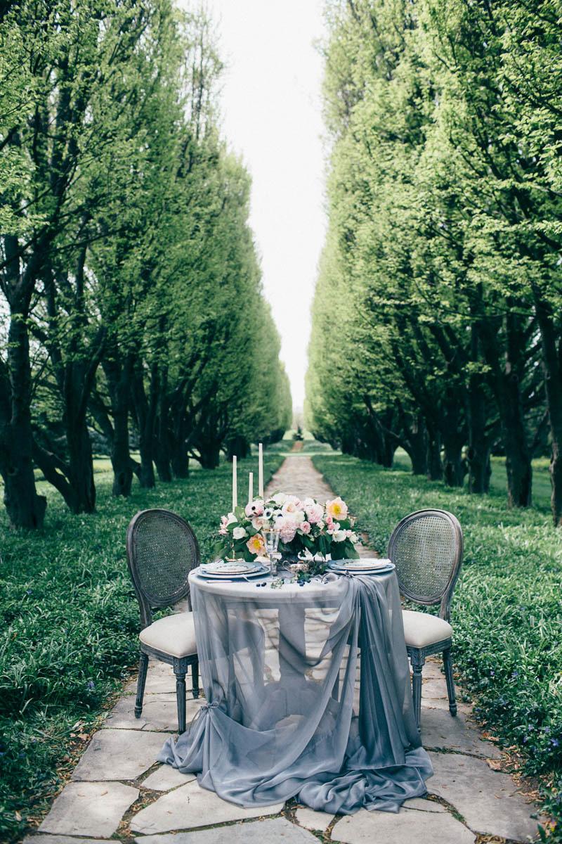 jessica-little-photography-vineyard-bride-swish-list-botanical-gardens-niagara-falls-editorial-1.jpg