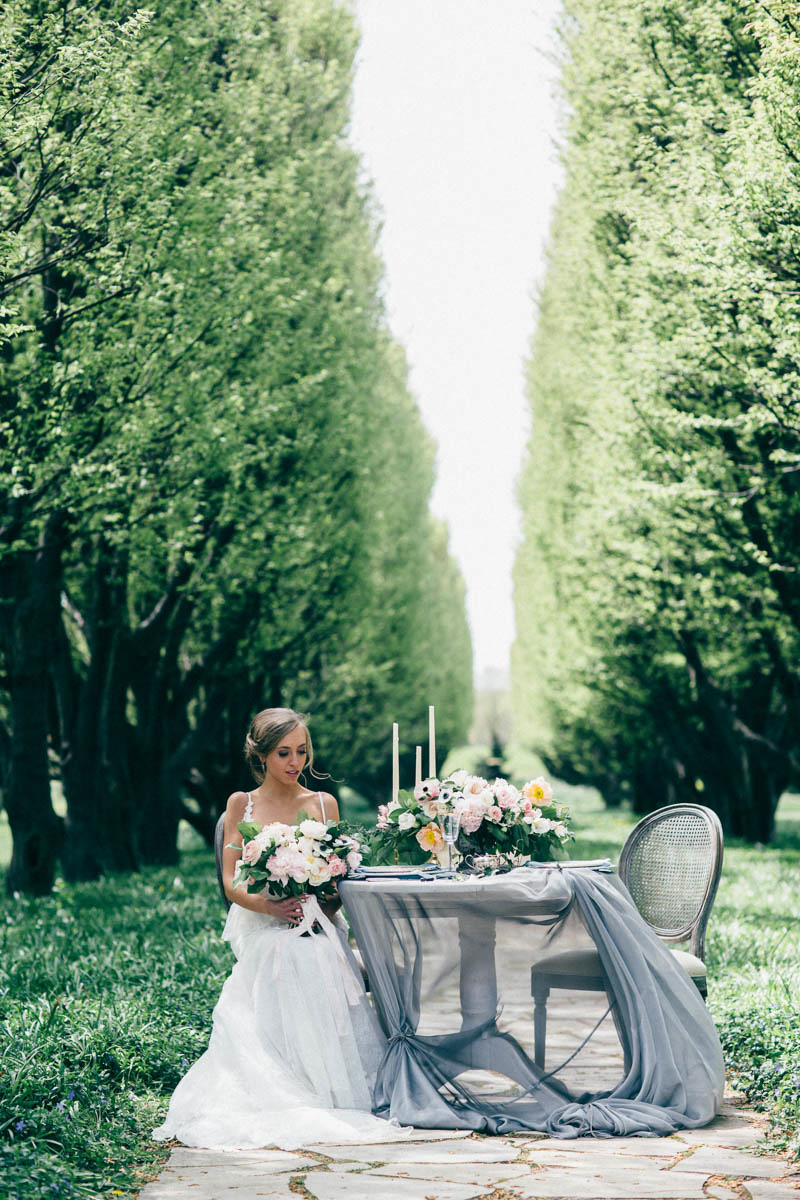 jessica-little-photography-vineyard-bride-swish-list-botanical-gardens-niagara-falls-editorial-10.jpg